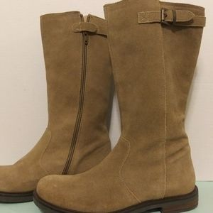 Lands End girls boots size 6